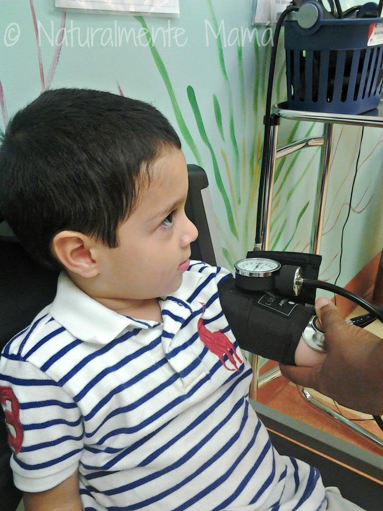 Miercoles_Mudo_Naturalmente_Mama_En_el_doctor_zps432b925f